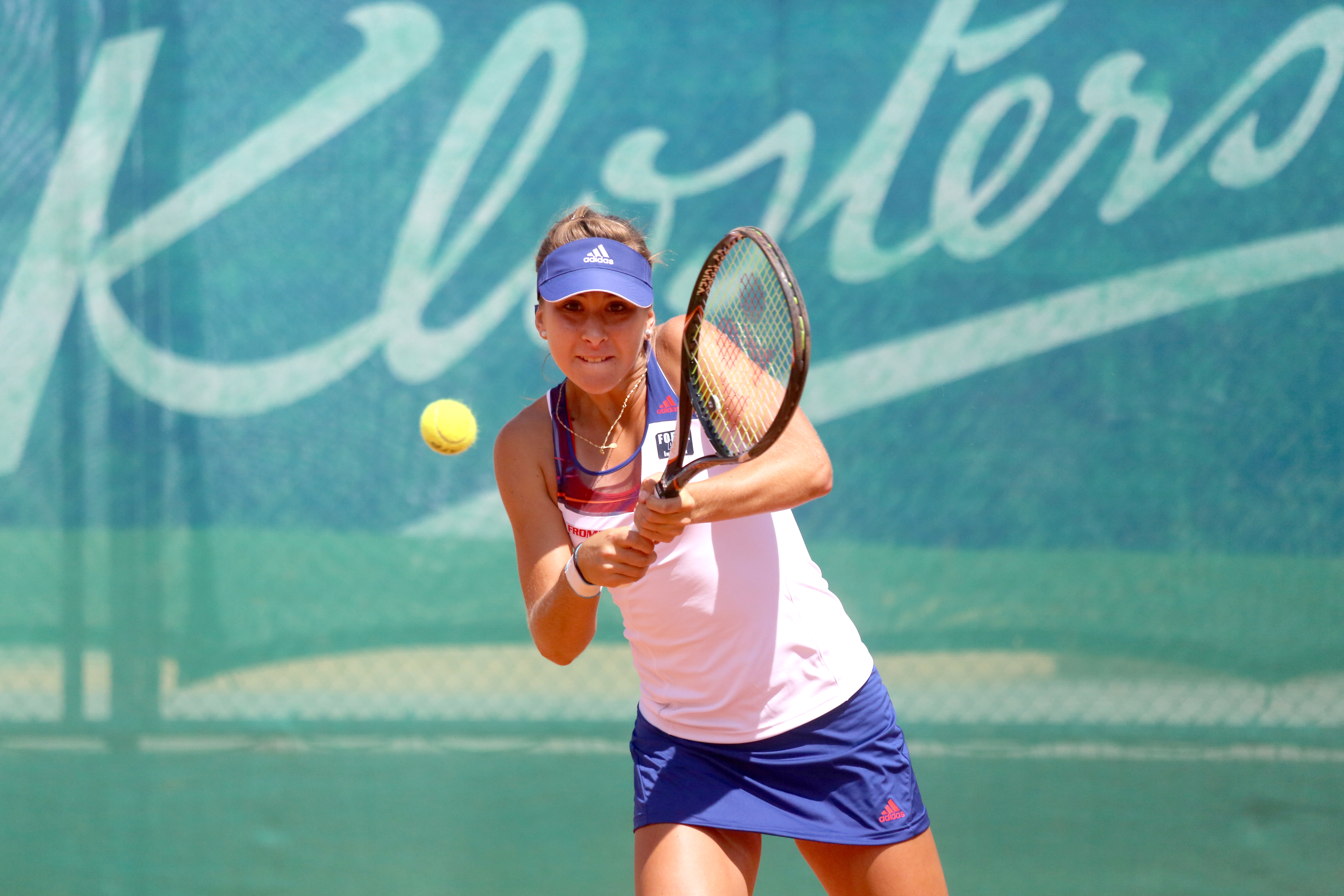 Belinda Bencic in Klosters in action